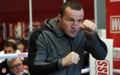 «Впереди большая жизнь». Денис Лебедев ушел из бокса